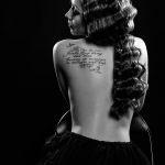 Fotografie Studio | Portret Studio | Portret alb Negru | Fotografie Calendar | Mihaela Andrei | Calendar Marso 2018 | Tatuaj